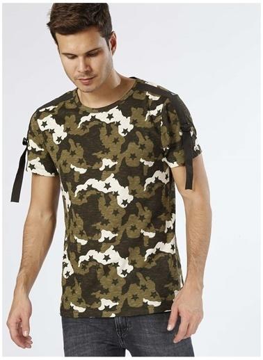 Koton Koton Kamuflaj Desenli Haki T-Shirt Haki